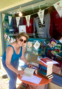 Clare Mackintosh signed copies
